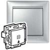 Выключатель без фиксации с подсветкой с символом лампы - Valena - 10 A - 250 В~ - алюминий
