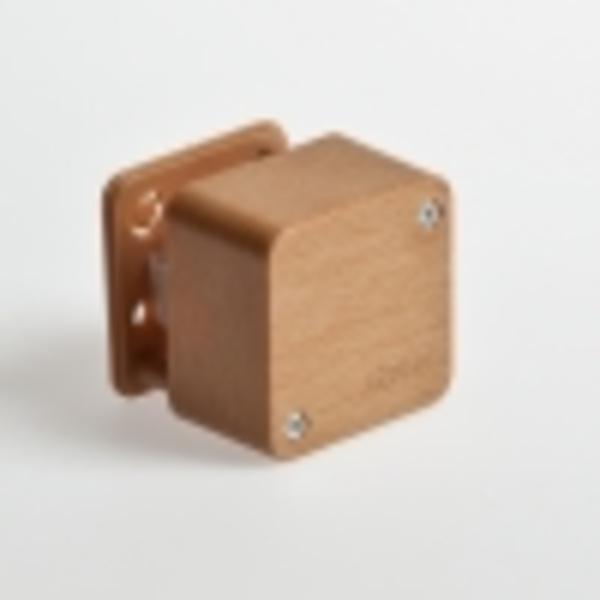 Тусо.Коробка расп. для о/п, 55х55х32мм (2 клемника,бук на светлой основе)